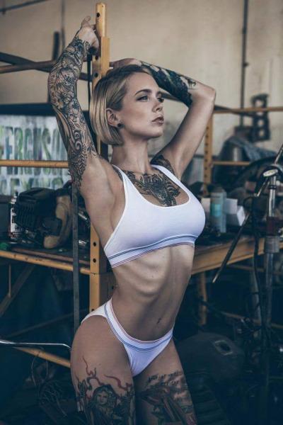 Ingrid Hollister (*)